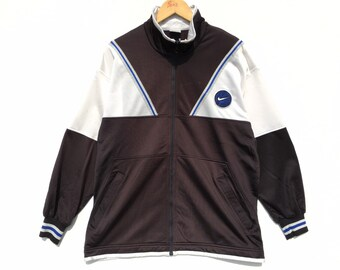 1b9aaf913fbd Vintage Nike Basketball Sweater Size Medium