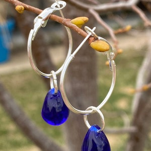 Brass /& Purple Glass Chandelier Earrings Antique Golden Brass Dangle Earrings sith Czecj Glass Teardrops Timeless Vintage Look