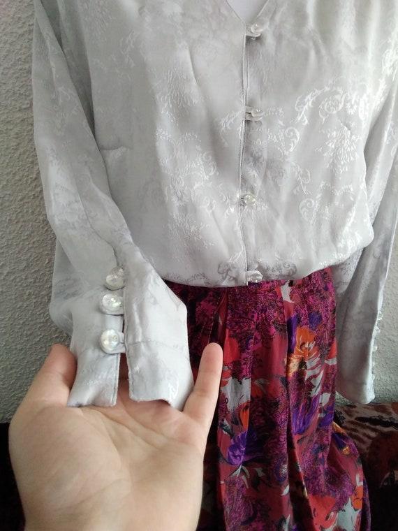 minimalist floral jacquard  shirt 80s grey color … - image 2