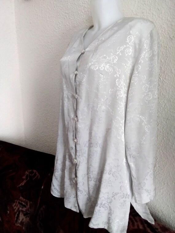 minimalist floral jacquard  shirt 80s grey color … - image 6