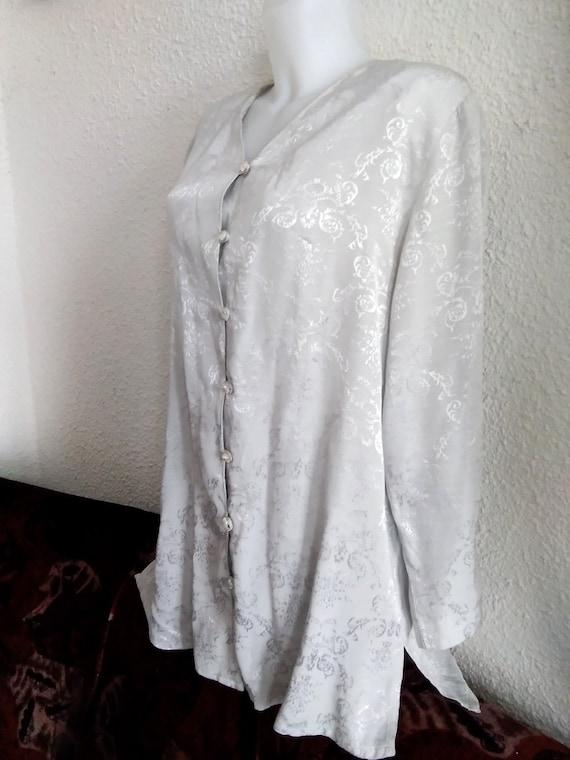 minimalist floral jacquard  shirt 80s grey color … - image 4