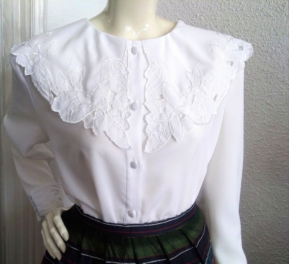 embroidered puritan collar top floral embroidery e