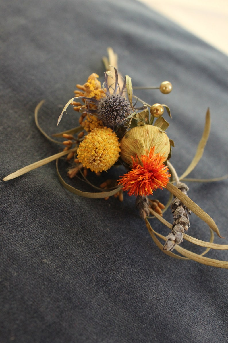 Dried Field Flower Boutonniere