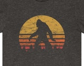 Bigfoot T-shirt Sasquatch Yeti