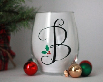 christmas wine glass initial wine glass personalized christmas wine glass christmas favors