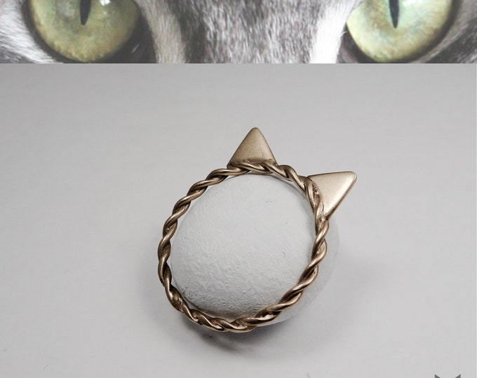 Yellow Gold, Twisted Band, Cat Ring💛