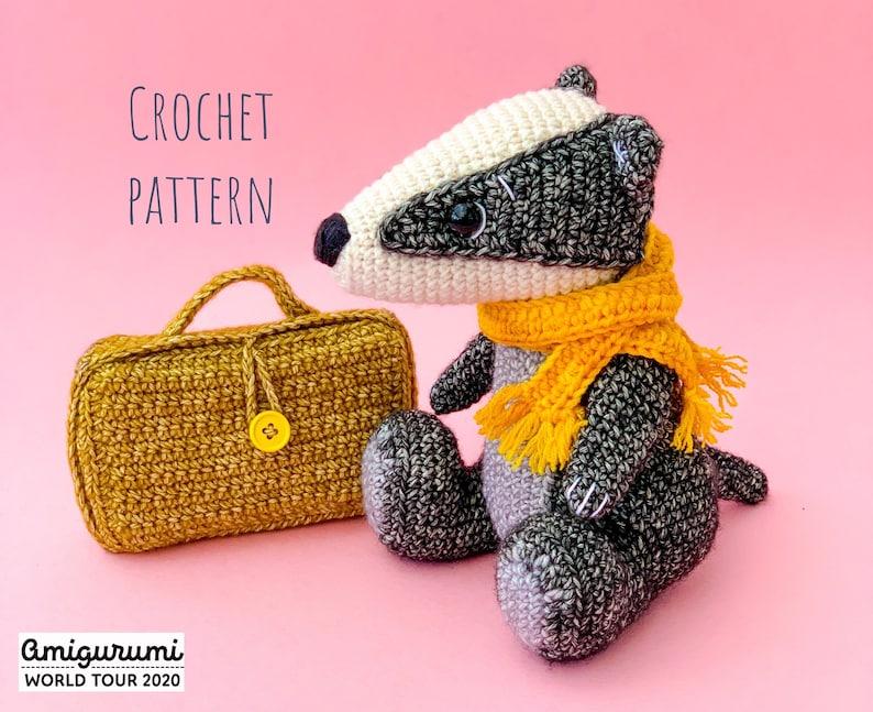 Bill the Badger Crochet Pattern image 0