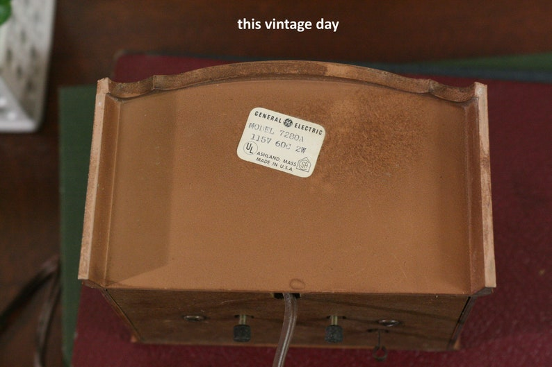 Vintage General Electric Analog Dial Alarm Clock #7280AGE Alarm ClockClock CollectorClock CollectibleFaux Wood Grain