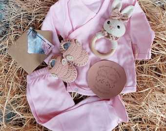 Baby Girl Pink 6 piece gift set, Personalized Baby Gift Set, Gender Neutral Baby Gift, Newborn Gift Set, Baby Shower Set, Gift For Babie
