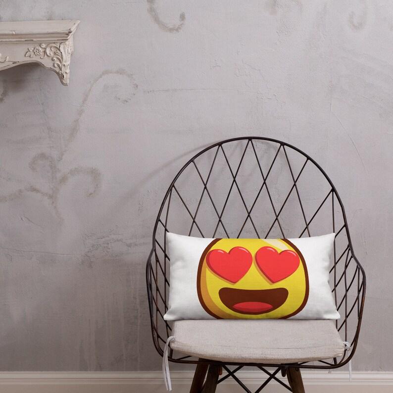 Heart Eyes Emoji Pillow Love Face Emoji Pillow Love Emoji Pillow Throw  Pillow Cartoon Pillow With Insert Smiling Emoji Throw Pillow Gift