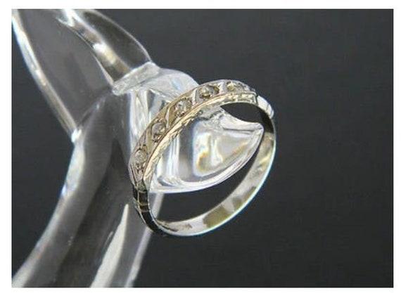18ct White Gold White Sapphire Ring!, White Gold R