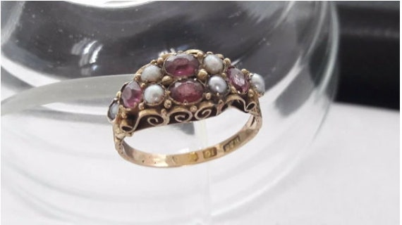 Antique Victorian 15ct Yellow Gold Garnet and Seed