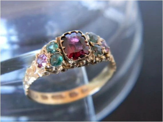 Antique Victorian 15ct Gold Garnet and Paste Ring!