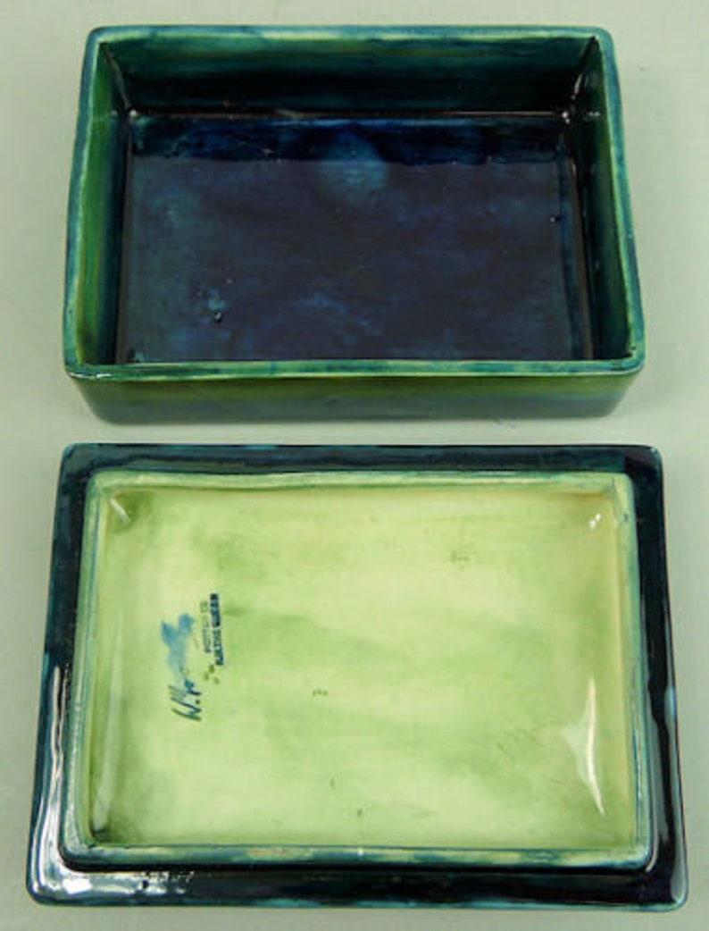 1950/'s MOORCROFT ORCHID DESIGN art pottery trinket box