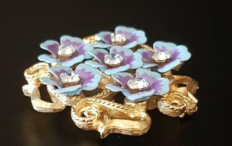 Avon Love Blossoms c Earrings Set Enamel /& Rhinestone Costume Jewelry 1972 Forget-Me-Not Brooch