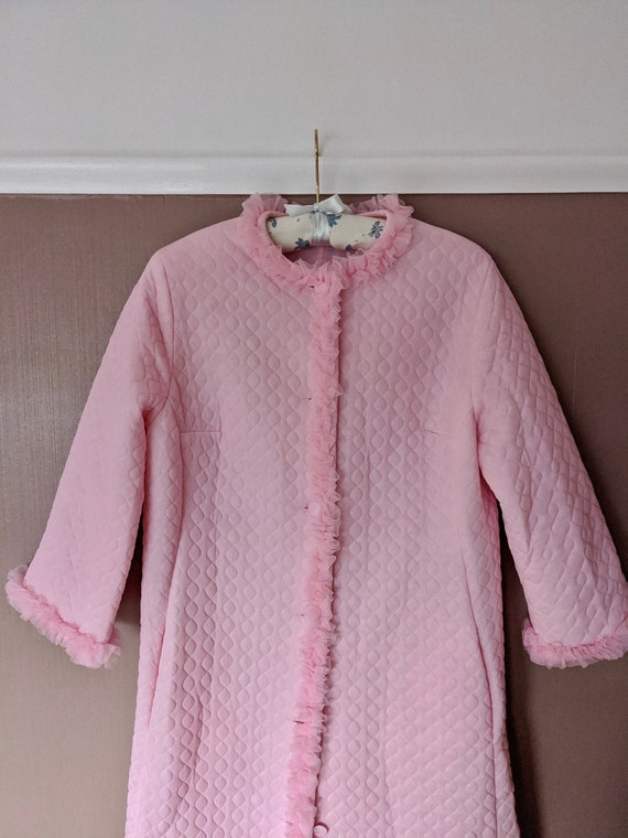 Stunning pink quilted dressing gown, Size M, 1960s