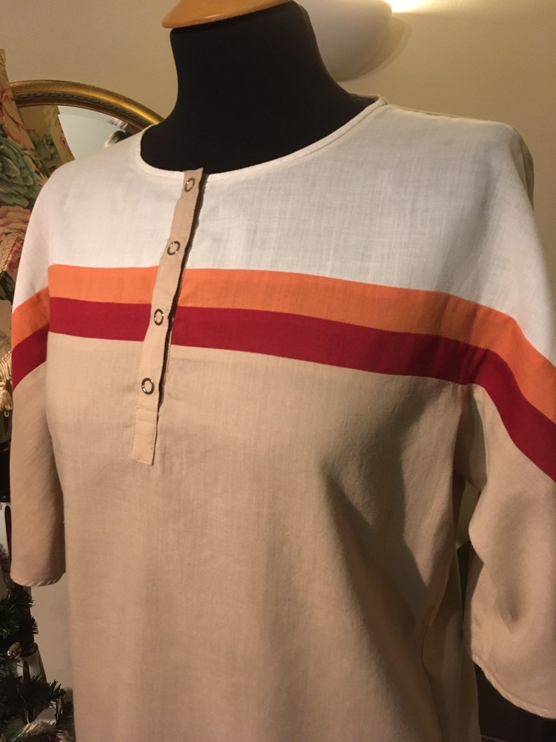 Cool Vintage Retro 70s Top in Red Orange and Beige Size 10-12 Indie Boho Hippie Street Style