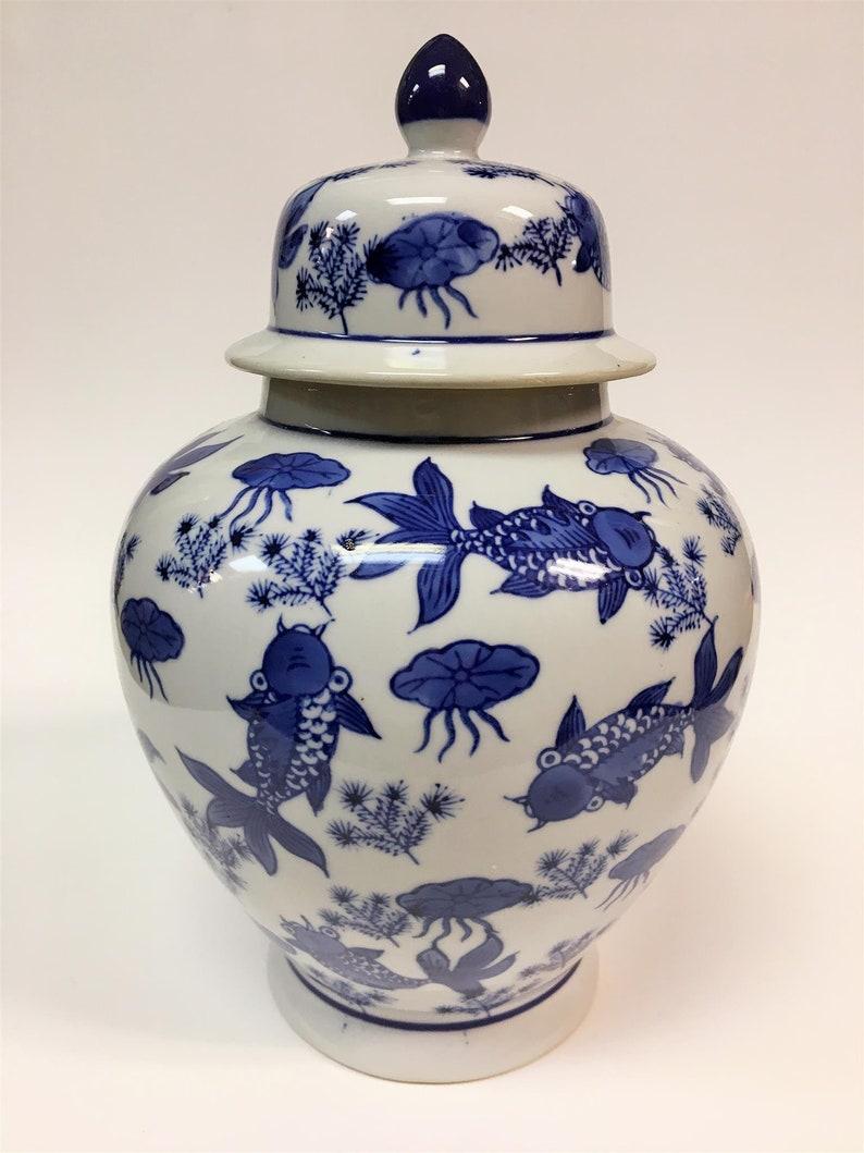 Blue and White Porcelain Jars Chinese Porcelain Jars