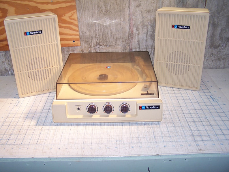 VIntage 1983 Fisher Price Record Player Turntable Stereo System Speakers 835