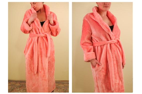 60's Pink Fuzzy Faux Fur Robe