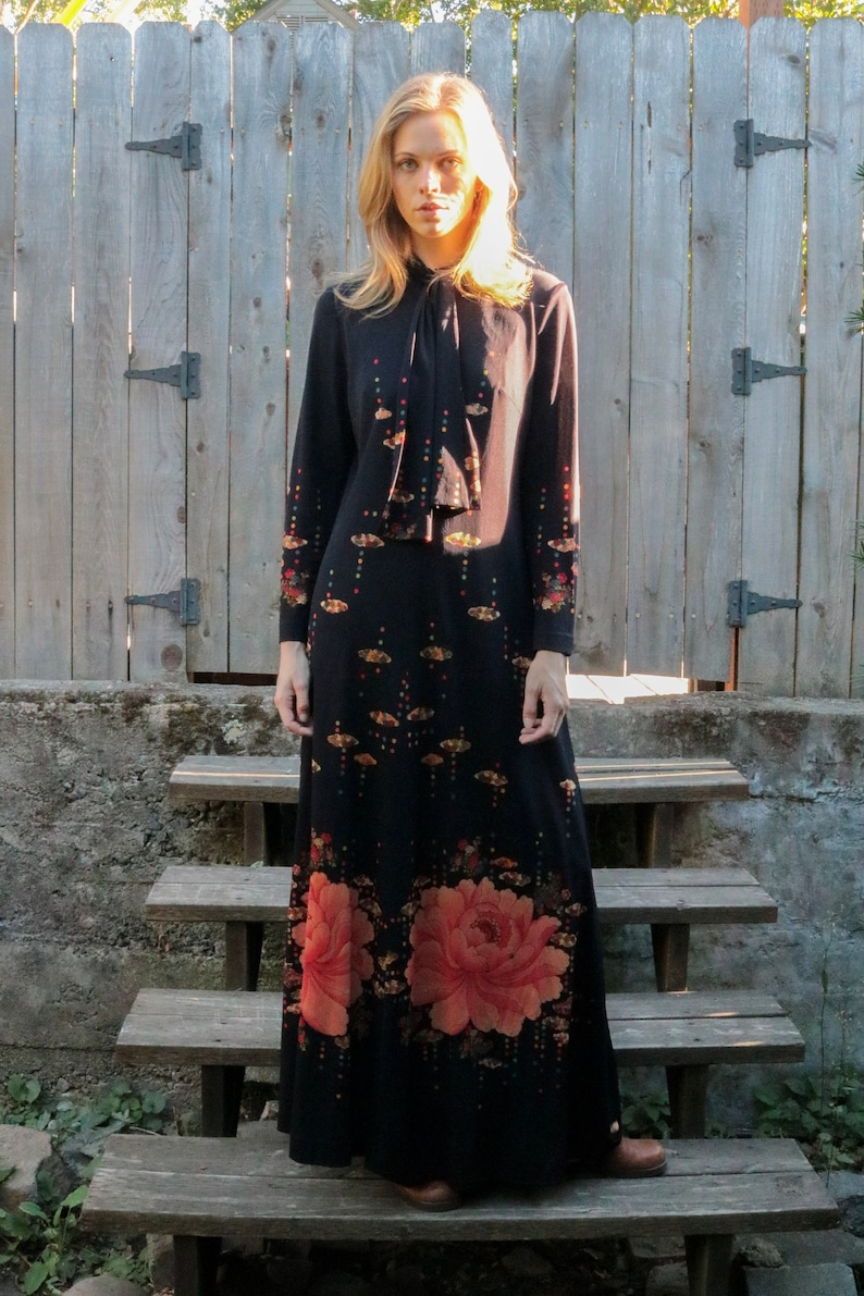 1960/'s Black Floral Printed Maxi Dress with Ascot Collar