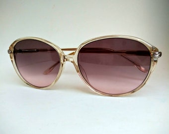 9062e1cfd2 1970s 1980s Non-Prescription Vintage Sunglasses with Tinted Lenses  Ready  to Wear