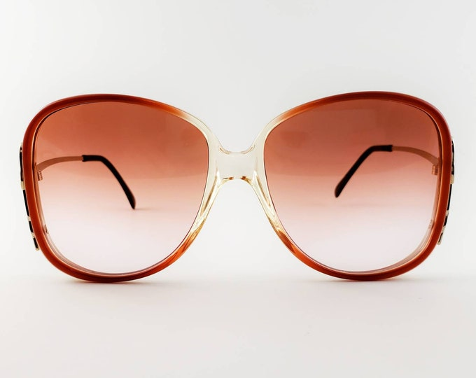 8eb955ab22 Luxottica Non-Prescription Vintage NOS  Avant Garde  Sunglasses with  Hand-Tinted Lenses  Ready-to-Wear