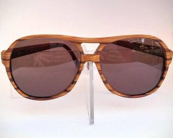 b7940b6fe6 Tura Non-Prescription Vintage Mod. 1200-Wide Woodgrain Aviator Sunglasses  with Tinted Lenses  Ready-to-Wear