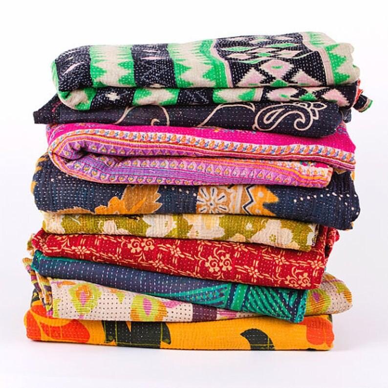 Exclusif 5 Pcs Lot de l'indien Vintage Handmade tribal kantha quilt Vintage Cotton Bed couvrir la vente en gros balnket vintage kantha quilt taille jumelle