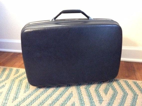 Vintage Navy Blue Samsonite Suitcase