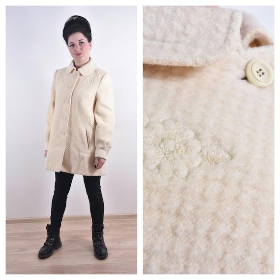 Vintage Women Coat Women Jacket Retro Light Creamy