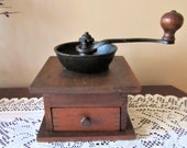VINTAGE COFFEE MILL Coffee Grinder Antique Coffee Maker Vintage Kitchen Kitchen Appliance Gift for Her Home Decor Primitive Decor Country