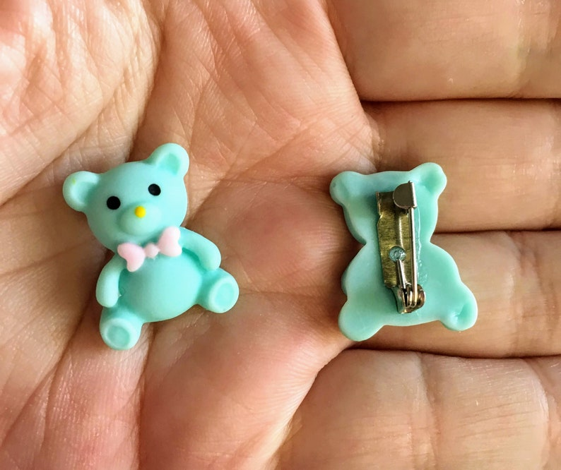 Mauve or Mint Pins  Brooches  Badges Small Teddy Bear in Pink
