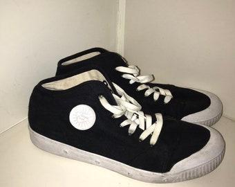 f85fd56b19dd77 Black   White Spring Court Shoes