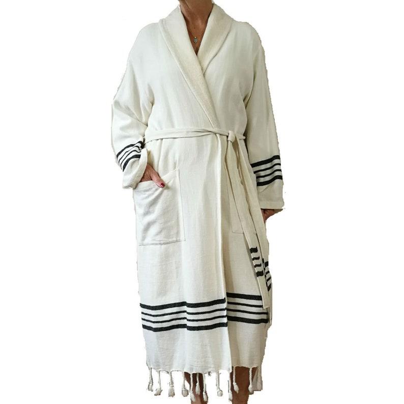 Comfortable soft hamam bathrobe with terry lining