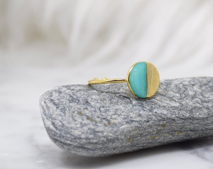 Natural Round Stone Ring -(GREEN) Women Girl Daughter Wife Holiday Anniversary Special Gift