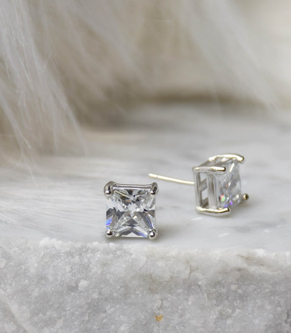 Brilliant Cut Earring - 9mm Handcrafted Diamond Princess Cut