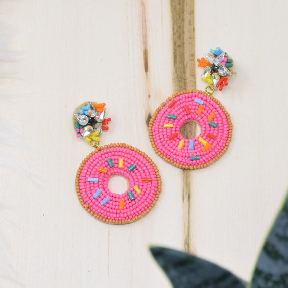 Curated Beaded Donuts Earrings Pink / Round Post / Seed Beads / Statement Jewelry / Summer Vacation / Donut Face Earrings / Gifts for Her