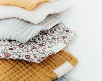 Triangular cloth made of organic cotton