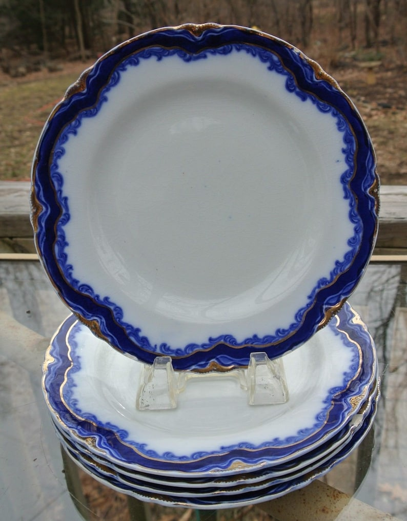 Set of Six Antique Flow Blue J/&G MEAKIN HANLEY 8-18 Plate with Chips Blue White Plate Gold Trim Plate Elegant Table Decor Dinnerware