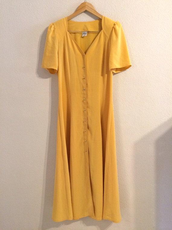 1980's buttery/dusky yellow vintage tea dress // v