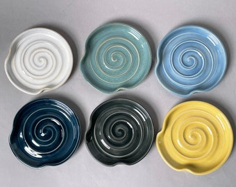 Spoon rest, wheel thrown pottery