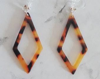ethnic jewel statement comfort Invisible clip on hoop earrings tortoise shell dangle leopard rhombus lozenge diamond acrylic resin acetate