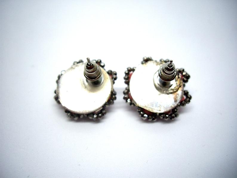 Vintage pink faux pearl earrings