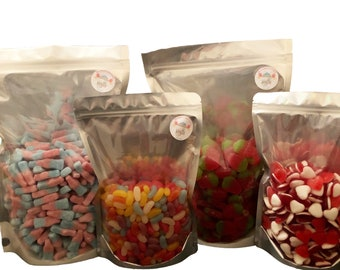 Vegan, Vegetarian Fizzy Sour Bubblegum, Cola, Cherry flavour Bottles. Sweet cart sweets, Bulk buy / Job lot. Sweet bags & Pouches.