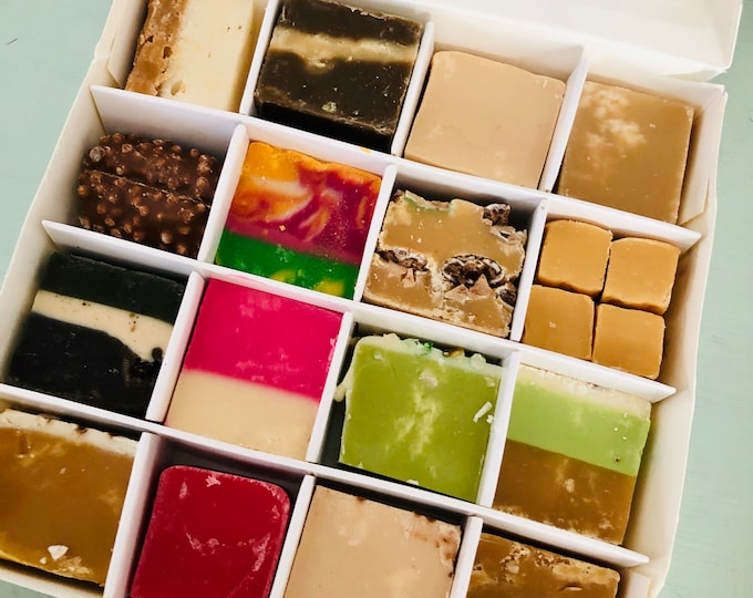 Handmade Fudge Box. Variety flavoured fudge. Salted caramel - Chocolate fudge - Dessert and pudding, Cheesecakes and cake inspired flavours.