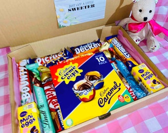 Chocolate Easter Hamper Gift Sets, Chocolate Box, Chocolate Gifts. Chocolate Variety Box. Chocolate Bars. Ferrero Rocher Gifts. Chocolat
