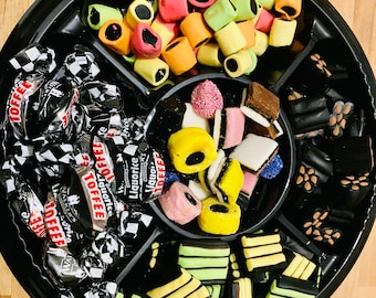 Liquorice mix Gourmet Flavours Selection Tray Gift, Mixed liquorice Flavours. Liquorice Gifts, Liquorice Lovers, The Best Liquorice Gifts.