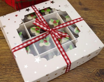 White Cardboard Window Sweet Gift Box with Silver Star Design, Box and inserts. Empty Boxes, Flat pack, Easy to assemble. 16 compartments.