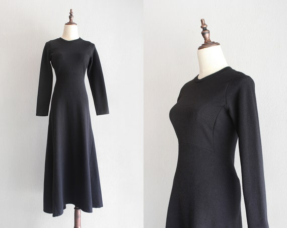 structured knit dress / bias cut black dress / s